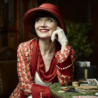 Essie Davis goes for Gold at the TV Week Logies